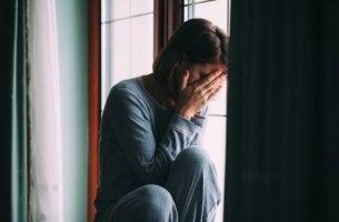 kvinna med anpassningsstörning
