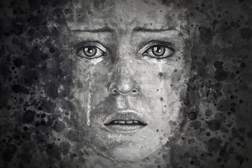 Kvinna med gråtande ansikte