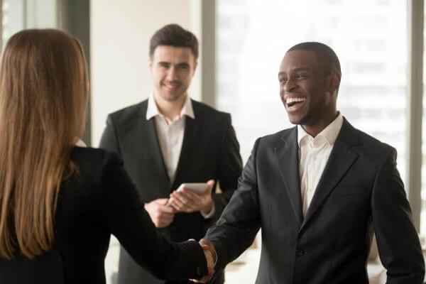 5 vanliga egenskaper hos diplomatiska personer