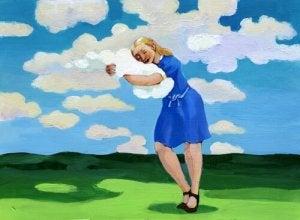 Kvinna bland molnen