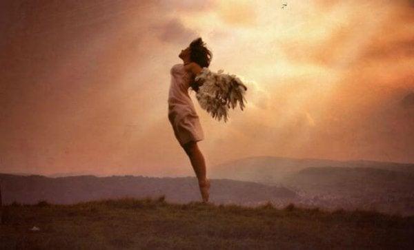 Kvinna med vingar