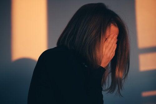 3 sätt att sluta skuldbelägga dig själv