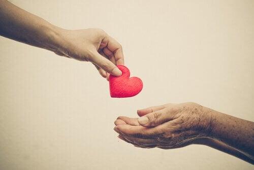 Visa lite vänlighet