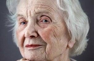 Respektera de äldre på ålderdomens höst