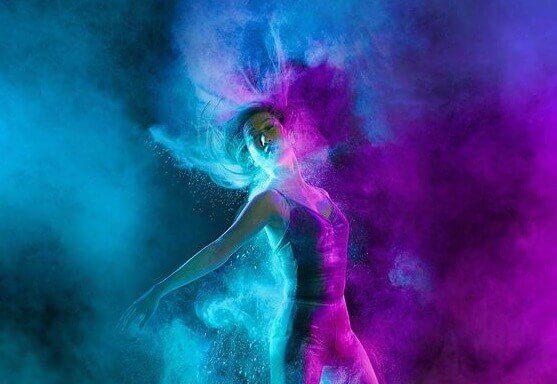 Kvinna som dansar