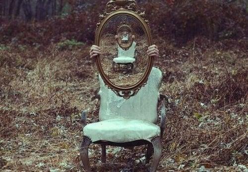 spegel i skogen