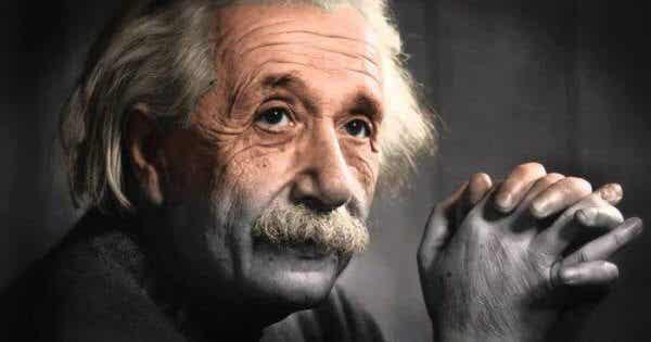 5 citat från Albert Einstein om personlig utveckling