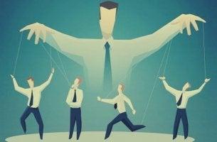 Strategier för mediakontroll
