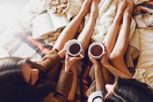 Diskussioner är som naturmedicin och hjälper dig att knyta vänskapsband.