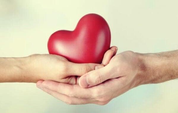 Personer som ger och personer som tar inom relationer