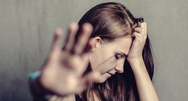 Psykologiska effekter av övergrepp i hemmet