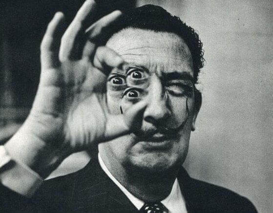 Surrealism av Dali
