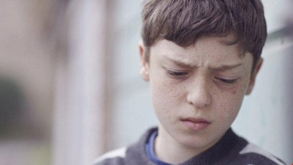 Barn med brustet förtroende