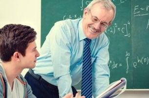 Lärare som går utöver det som står i läroplanen.