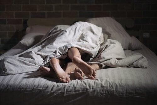 Sexsomni: folk som omedvetet har sex i sömnen