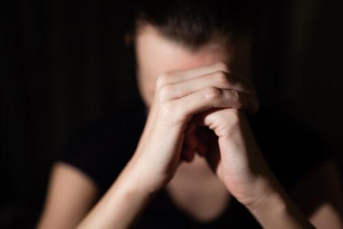Kvinna i psysisk ohälsa