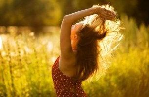 En positiv attityd främjar lycka