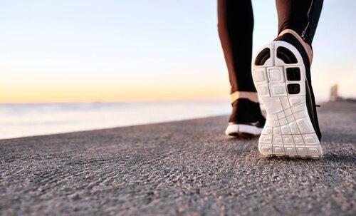 """Fördelarna med """"power walking"""" för den mentala hälsan"""