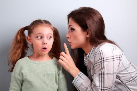 Mamma ljuger för dotter