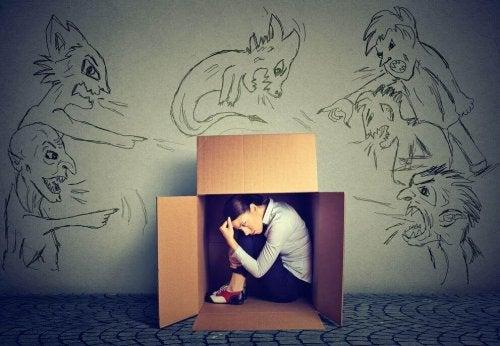 Person i låda