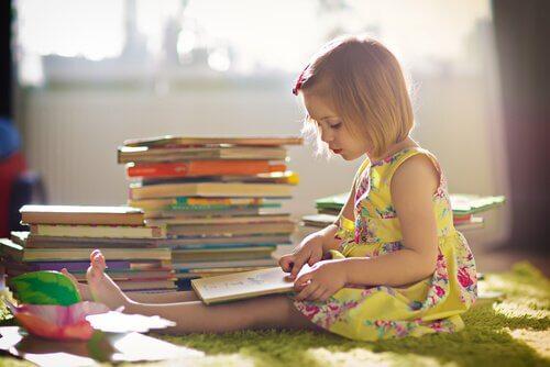5 böcker för att uppfostra barn som tror på sig själva