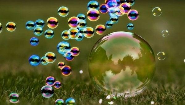 Ögonblick är som såpbubblor