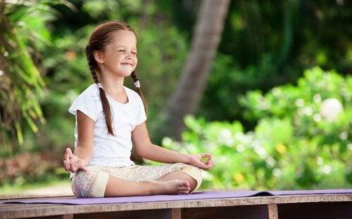 Meditation för barn – att vårda deras inre trädgård