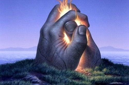 Kraftfulla händer i kontakt