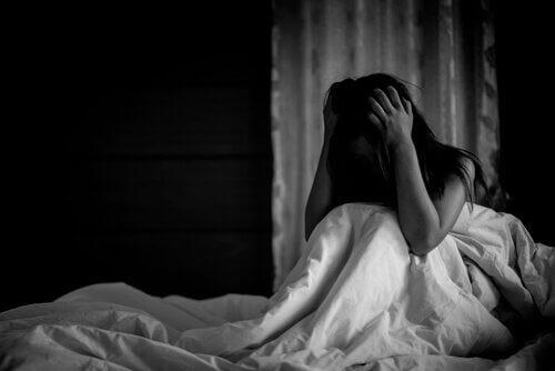 Nattliga panikattacker: överväldigande rädsla