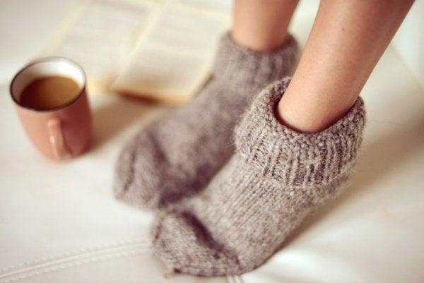 Person med sockor