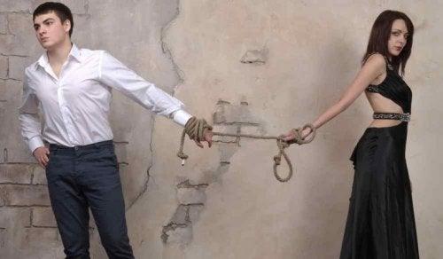 I ett medberoende förhållande finns det en som ger och en som tar
