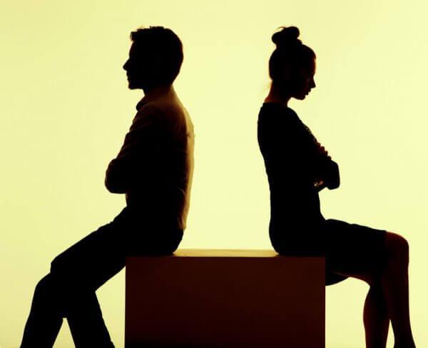 Par som inte talar med varandra