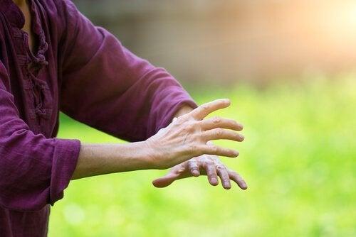 Upptäck 10 intressanta fördelar med Qigong