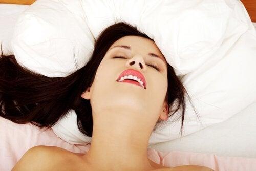 5 hälsosamma fördelar med kvinnlig onani