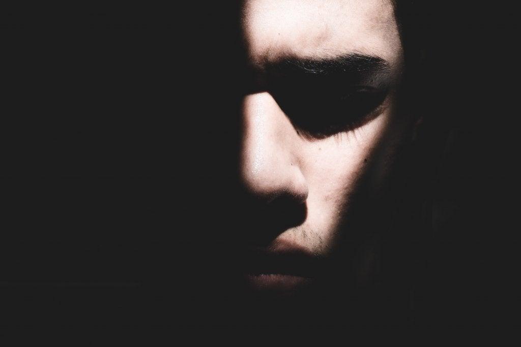 Hur behandlar man posttraumatiskt stressyndrom?