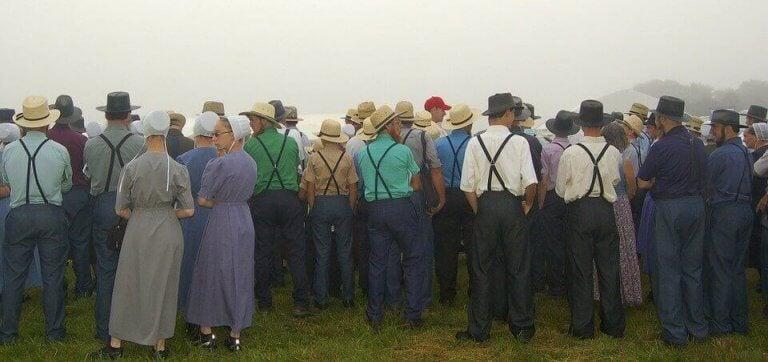 Folk på landsbygden.