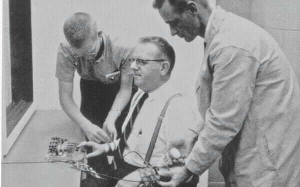 Försöksperson under Milgrams experiment.