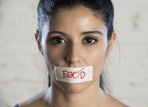 Kvinna med ätstörning