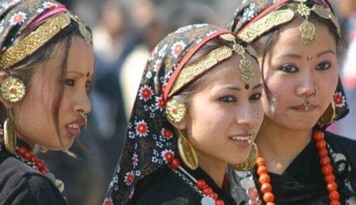 3 kvinnor i Nepal