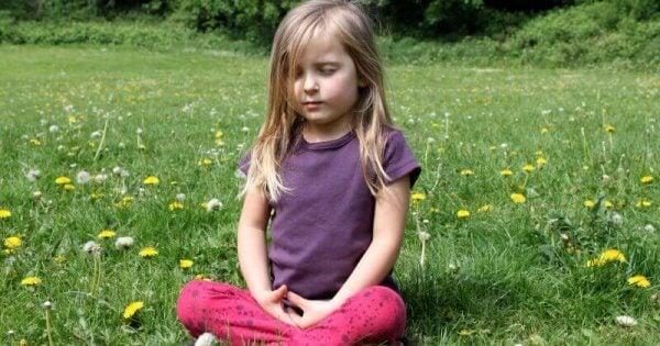 Mediterande flicka