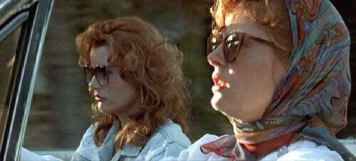 Thelma och Louise i bilen
