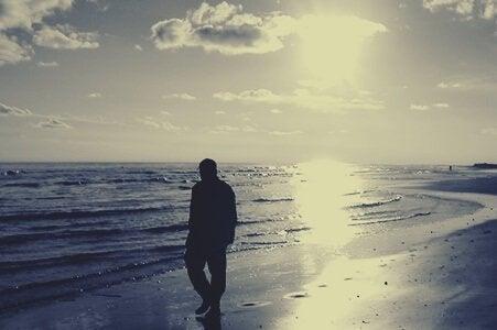 Promenad vid havet