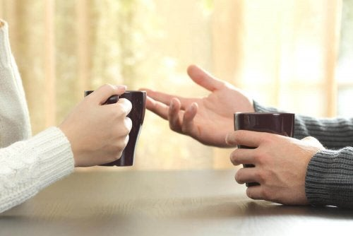 Diskussion med kaffe