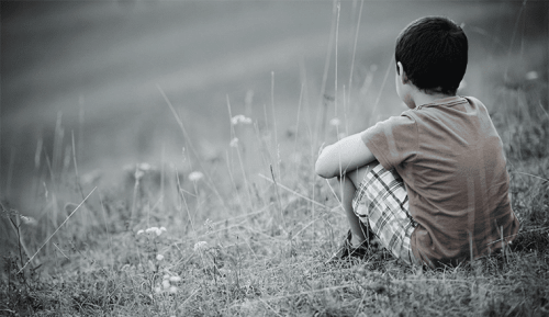 Ensam pojke