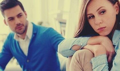 Varför narcissister har svårt att be om förlåtelse