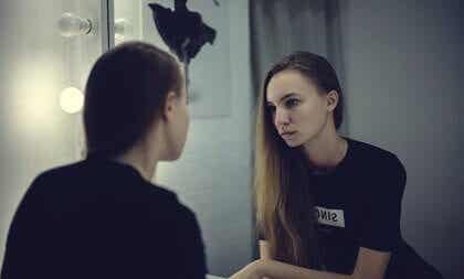 Vad handlar spegelexponeringsterapi om?