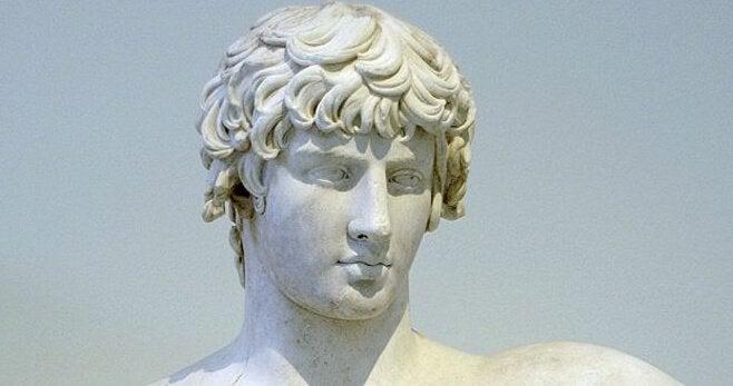 Demosthenes byst