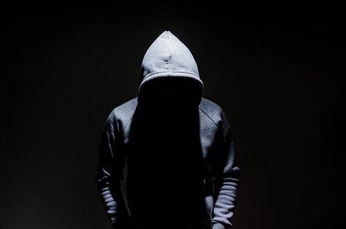 Skillnaderna mellan terrorism och organiserad brottslighet
