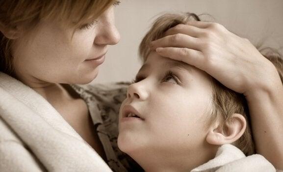 en mor vill alltid hålla sina barn säkra