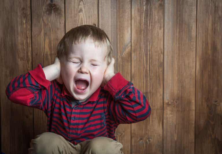 Hjälp! Hur hanterar man ett bråkigt barn?